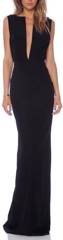 This dress is so amazingly empowered. Love the deep Vneck