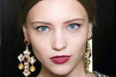 The Fashion Forces Have Dictated That Fall Beauty Is All About Mod: http://teenv.ge/18xJvgh