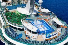 Liberty of the Seas, Royal Caribbean, da Napoli nell'estate 2013. #crociere  http://dreamblog.it/2012/10/06/royal-caribbean-porta-in-italia-liberty-of-the-seas-la-piu-grande-nave-del-mediterraneo-per-crociere-da-favola/