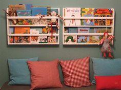"Tellerregal,Tellerbord, Bücherregal ""Ida"" von Atelier Kleeblatt auf DaWanda.com Sweet Home, Nursery Storage, Kid Spaces, School Fun, Home And Living, Furniture Decor, Bookcase, Home And Garden, Shelves"