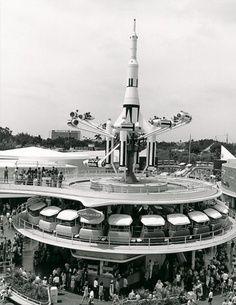 Vintage Disney - Rockets!
