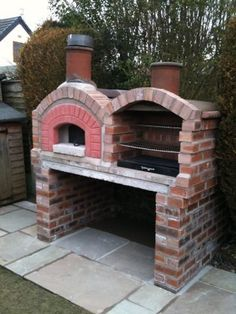 "Fantastic ""built in grill diy"" detail is offered on our internet site. Check it out and you will not be sorry you did. Design Barbecue, Grill Design, Patio Design, Brick Grill, Casa Patio, Pizza Oven Outdoor, Brick Oven Outdoor, Built In Grill, Outdoor Kitchen Design"