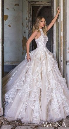 WONÁ Wedding Dresses and Evening Gowns 2020 - Belle The Magazine - Brautkleider. WONÁ Wedding Dresses and Evening Gowns 2020 - Belle The Magazine - Brautkleider. WONÁ Wedding Dresses and Evening Gowns 2020 - Belle The Magazine - Brautkleider - Slit Wedding Dress, Top Wedding Dresses, Wedding Dress Accessories, Gorgeous Wedding Dress, Bridal Dresses, Elegant Wedding, Wedding Bride, Magical Wedding, Layered Wedding Dresses