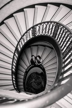 Spiral Staircase Engagement Photo. Palmer House Hilton, Chicago