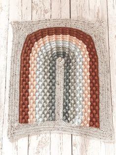 Crochet Blanket Patterns, Baby Blanket Crochet, Crochet Baby, Yarn Projects, Crochet Projects, Rainbow Crochet, I Love This Yarn, Manta Crochet, Bobble Stitch