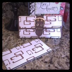 GUESS by Marciano WORLD LOGO LEATHER WALLET Guess WORLD LOGO White & Brown Leather Wallet & CheckBook Included?!! Original GUESS by Marciano tab in ID slot. Gold Hardware. Real Outer Buckle?!! & logo on zipper pull on hardware bk. Would make a VERY NICE gift?!! Ready to Ship Out as Well all my other peices, TAKE ADVANTAGE of my BOGO going on now! Click on turkey day posting for more info. ❤️ Slightly Used. Guess by Marciano Bags Wallets