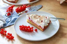Ribiselkuchen wie bei Oma - Ginger in the Basement Basement, Cheesecake, Pie, Desserts, Food, Fruit, Dessert Ideas, Torte, Tailgate Desserts