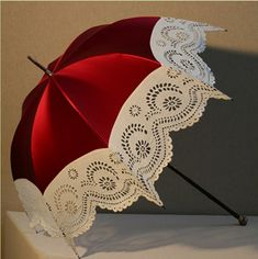 Very beautiful parasol! - Red and white Lace Umbrella, Offset Patio Umbrella, Vintage Umbrella, Under My Umbrella, Lace Parasol, Victorian Era, Victorian Fashion, Vintage Fashion, Red Fashion