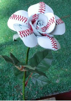 No, we're not talking about ear buds for athletes…this creative gift idea is so much more than you'd expect. Sport Buds are uniquely handmade floral creations that make an ideal gift for a sports l...