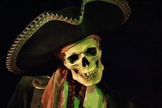A bodacious hat, makin' ol' Skelly grin, I'll wager. Pirate Rock, Pirate Garb, Pirate Life, Pirate Ships, Carl Y Ellie, Pirate Skeleton, Steampunk Pirate, Ahoy Matey, Davy Jones