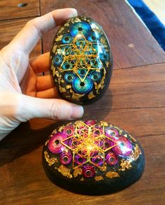 New Orgonite eggs with sacred geometry Flower of life Star tetrahedron / Merkaba