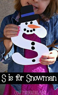 S is for Snowman Winter Craft for Kids Christmas Alphabet art project Preschool Projects, Daycare Crafts, Classroom Crafts, Preschool Art, Toddler Crafts, Projects For Kids, Art Projects, Snowman Craft Preschool, Snowman Crafts For Preschoolers