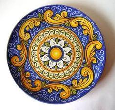 Italian Ceramic Wall Plates from Sicily Ceramic Clay, Ceramic Plates, Ceramic Pottery, Pottery Art, Pottery Painting, Ceramic Painting, Italian Pottery, Blue Pottery, Ceramic Design