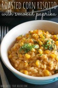 Risotto is so hard to make but this looks amazing. This roasted corn risotto with smoked paprika is a hugely flavourful vegetarian main course, perfect for your next dinner party! Side Dish Recipes, Veggie Recipes, Vegetarian Recipes, Cooking Recipes, Healthy Recipes, Picnic Recipes, Picnic Ideas, Picnic Foods, Quinoa