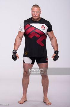 Brock Lesnar of Canada poses for a portrait during a UFC photo session at the Monte Carlo Resort and Casino on July 2016 in Las Vegas, Nevada. Brock Lesnar Ufc, Wwe Brock, Kane Wwe, Wwe Superstar Roman Reigns, Ufc News, Ufc Fighters, Wwe Wallpapers, Wrestling Wwe, Wwe Superstars