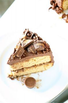 Gonna have to make this for the hubby's birthday, chocolate and peanut butter, can you really go wrong?