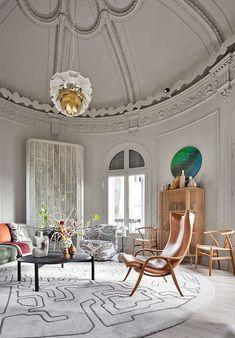 #danish design #ericonavazzo #bolia Living Room, Danish Design, Mirror, Inspiration, Furniture, Tops, Home Decor, Large Flower Arrangements, Blown Glass