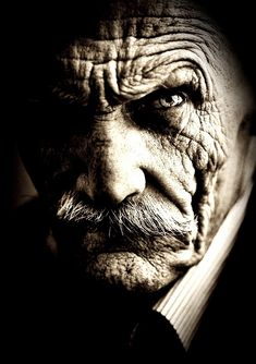 Life is like the Ocean. Portrait Photography Men, Emotional Photography, Drug Tattoos, Old Man Portrait, Old Man Face, Face Profile, Angry Face, Art Deco Posters, Its A Mans World