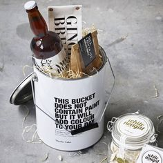 Container Nicolas Vahe black and white is a super cool 'paint' bucket. Use it for storage, wine cooler, or gift wrap. Paint Buckets, Paint Cans, Pot Storage, Bucket With Lid, Black And White Interior, Amazing Decor, Burke Decor, Painted Pots, House Doctor