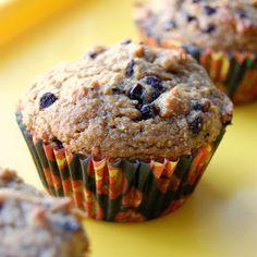 Eat: Whole Wheat Pumpkin Muffins from PlayEatGrow.com