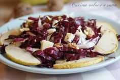 Pear and gorgonzola salad – Recipes Costa d'Oro Cooking Time, Cooking Recipes, Weird Food, Everyday Food, Light Recipes, Creative Food, I Love Food, Italian Recipes, Food Porn