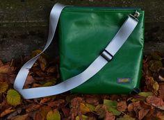 Grüne LKW-Planen-Tasche und ein paar Tipps zum Nähen vonLKW-Plane