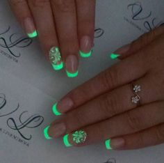 Be inspired from our favorite glow in the dark nail polish designs for your next evening engagement. Stylish Nails, Trendy Nails, Neon Acrylic Nails, Dark Nail Designs, Glow Nails, Fire Nails, Dream Nails, Swag Nails, Nail Polish