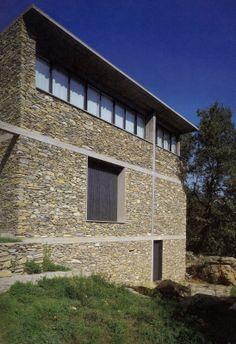 herzog & de meuron stone house - tavole, italy project: 1982