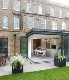 Rear extension to ground floor flat - Architect Your Home House Extension Design, Glass Extension, Rear Extension, House Design, Extension Ideas, Corner Bifold Doors, Orangerie Extension, House Extensions, Glass House