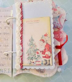 Christmas mini book by Karin- Creative Chaos blog
