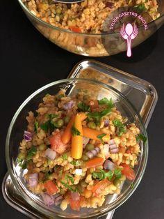 Zöldséges bulgur saláta – Sylvia Gasztro Angyal Vegan Vegetarian, Vegetarian Recipes, Cooking Recipes, Healthy Recipes, Healthy Foods, No Cook Meals, Food Photo, Healthy Living, Food And Drink
