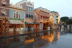 Disneyland Main Street, Rain, No People by giddygoat2769, via Flickr
