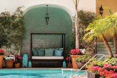 Beverly Wilshire, Beverly Hills (A Four Seasons Hotel), Los Angeles Beverly Wilshire, Beverly Hills, Best Hotel Deals, Best Hotels, Pretty Woman, Hotel Four Seasons, Fine Hotels, Hotel Services, Pool Bar