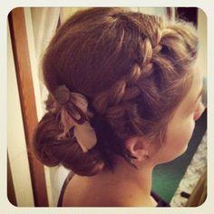 braid bun. sitting pretty