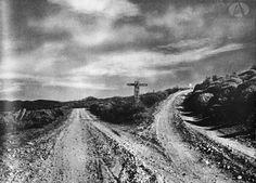 Indicador de caminos, Antiguo desvío a Villa La Angostura/Correntoso y Traful/San Martín de los Andes, Nahuel Huapi (Camino en la región de la costa patagónica, Año 1943)
