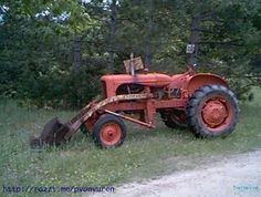 Old Allis Chalmers WD45 Farm Tractor in Wisconsin