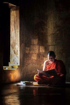 Buddhist Monk, Buddhist Art, Zen, Tibet, Best Frind, Clear Night Sky, Body Painting Festival, Theravada Buddhism, Buddhists