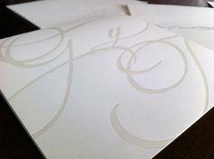 Invitaciones de boda elegantes: Tendencias y 10 ejemplos - Aspectos clave que debes tener en cuenta en su diseño, tendencias actuales y 10 ejemplos inspiradores. http://www.invitacionesde.com/invitaciones-de-boda/invitaciones-de-boda-elegantes/