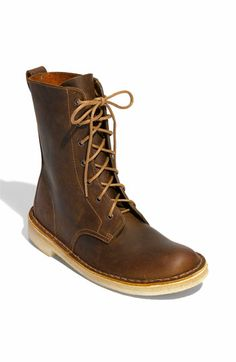 Clarks® 'Desert Mali' Boot in Beeswax Leather-- want sooo bad. Brown Leather Boots, Leather Shoes, Shiny Shoes, Fashion Shoes, Mens Fashion, Cool Boots, Casual Boots, Sock Shoes, Clarks