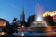 Trafalgar Square by MarcelGermain