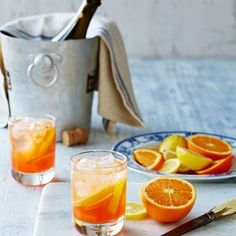 Australian Gourmet Traveller cocktail recipe for Felix's St-Tropez Spritz. Refreshing Cocktails, Yummy Drinks, Cold Drinks, Beverages, Cocktail Shots, Cocktail Recipes, Spritz Recipe, Italian Drinks, Oranges And Lemons