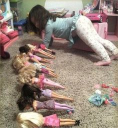 Quand tu me dis que tu veux une autre Barbie pour ta classe de gym !