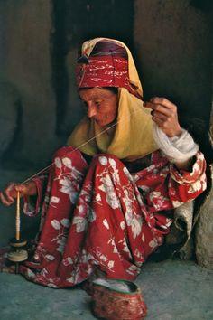 Spinner . Afghanistan de Georges Redard, photographies de Roland et Sabrina Michaud, Editions Silva, Zurich, 1974.