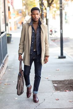 Slim cut denim jeans, rolled up, jean jacket, turtleneck, khaki jacket, leather shoes, bag. Gentlemen Style. Streetstyle, Men's Fashion, menswear