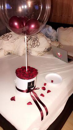 Most Romantic Wedding Night Room Decoration - Elva Photography Birthday Photos, Diy Birthday, Friend Birthday, Birthday Parties, Romantic Surprise, Romantic Night, Romantic Gifts, Romantic Ideas, Surprise Boyfriend