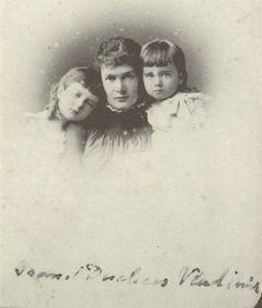 Grand duchess Maria Pavlovna , the eldesr, nepe duchess of Mecklenburg-Schwerin, with her two eldest kids, Grand duke Kyrill (left) and Boris Vladimirovich.