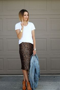 Lost in Perspex - LiP  Classic White Tees Leopard Outfits 3c17ec4239c4c