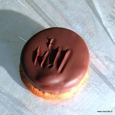Pour cette troisième semaine de concours, nos pâtissiers amateurs vont pâtisser autour du thème des biscuits, un thème certes classique mais qui nous réserve toujours quelques surprises. Cyril va l…