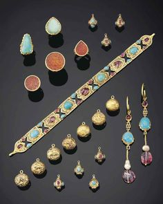 Black Gold Jewelry A rare group of safavid gem-set and nielloed gold jewellery Iran, early century Ancient Jewelry, Antique Jewelry, Vintage Jewelry, Do It Yourself Fashion, Black Gold Jewelry, Turkish Jewelry, Sell Gold, Gold Jewellery Design, Schmuck Design