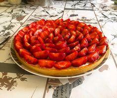 Tarte sablée aux fraises  crème pâtissière à la vanille et zestes de citron vert.   #homemade #patisserie #pastry #cook #cooking #food #instafood #dessert #yummy #strawberry #pie #photo #sweet